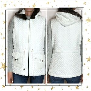 Three Hearts White quilted hoodie zip up vest (C3)